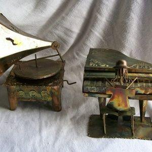 Decorative Tin Copper Brass Music Box Figures